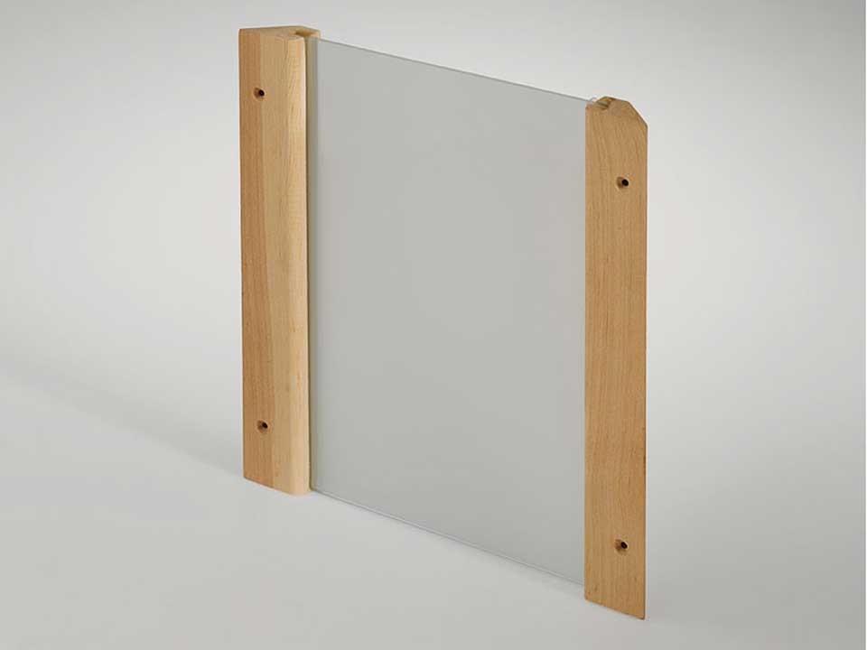 <p>Eck-Lampenschirm Design</p>  <p>aus satiniertem Glas</p>