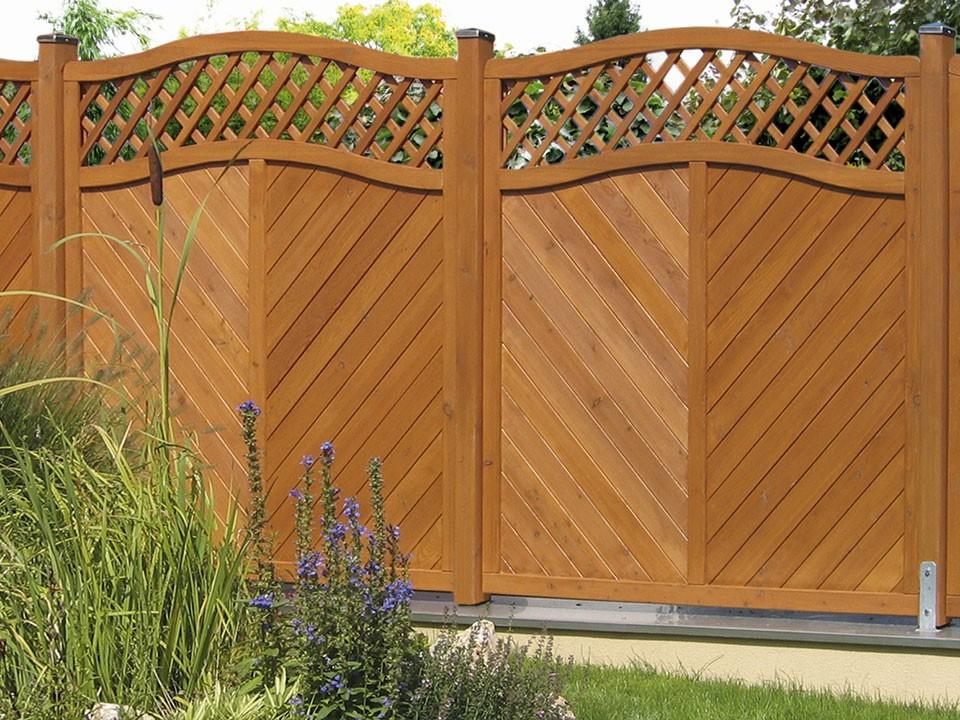 <p>Sichtschutzelement Lungau</p>  <p>Größe: 180/190 x 180 cm aus&nbsp;Lärchenholz</p>